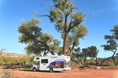 USA - Utah - Blanding - Camping - Cruise America