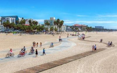 I det sydlige USA er der sol og varme - også om vinteren. Her er vi i Santa Monica ved Los Angeles.