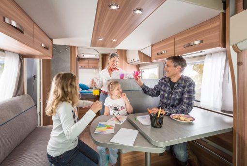 Family Traveller Plus hems